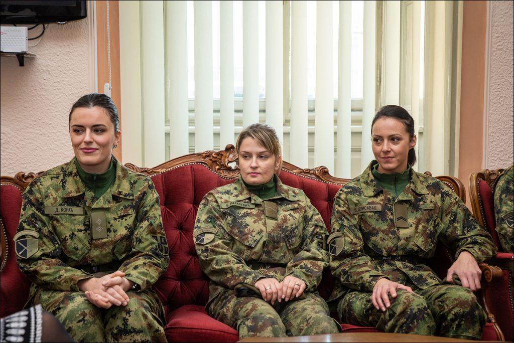 Prijem za žene vojnike