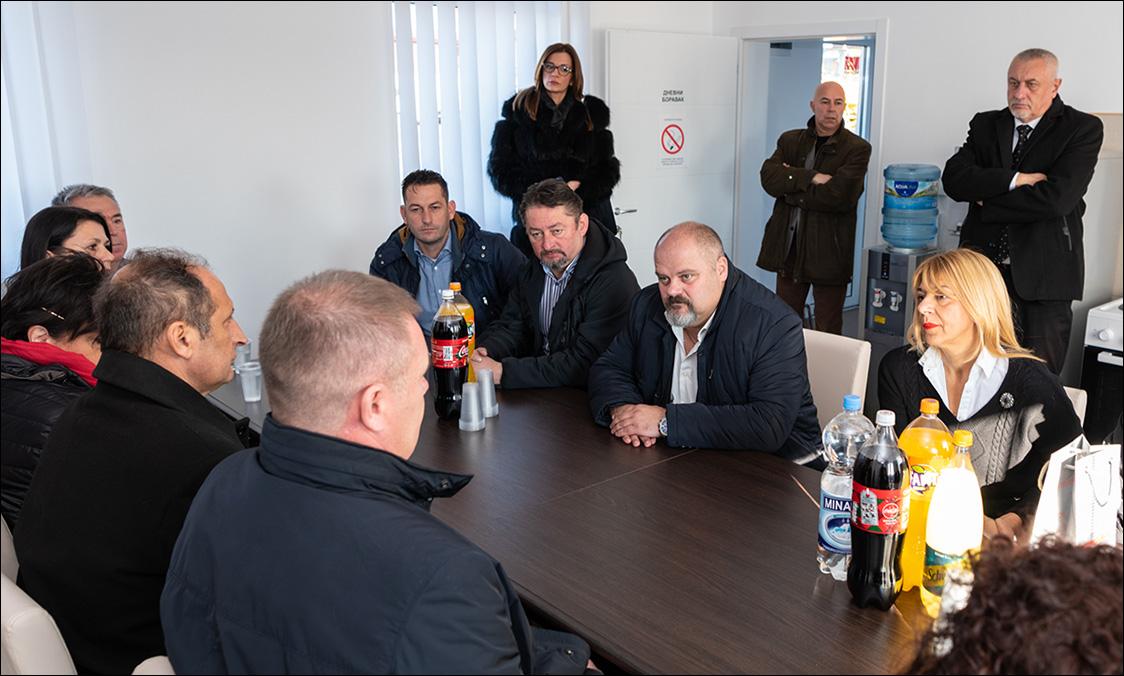 """ОТВОРЕН ПУНКТ """"ПУТЕВА СРБИЈЕ"""" У ЗРЕЊАНИНУ"""